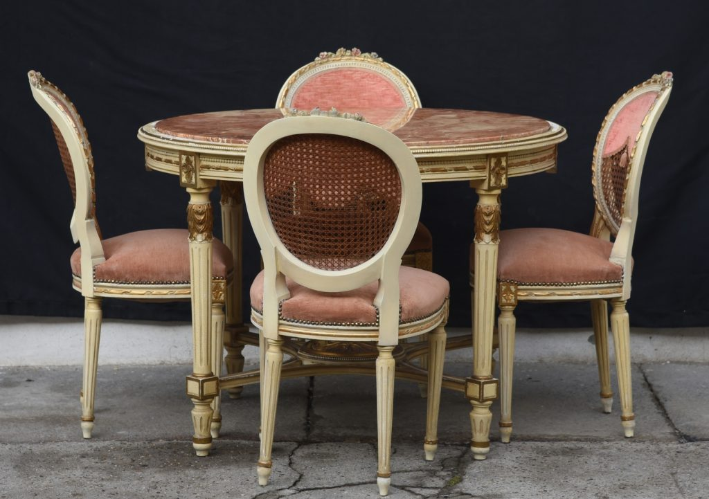 Set table with 4 chairs - Louis XVI style