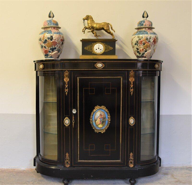 Antica Credenza del XIX secolo, Napoleone III